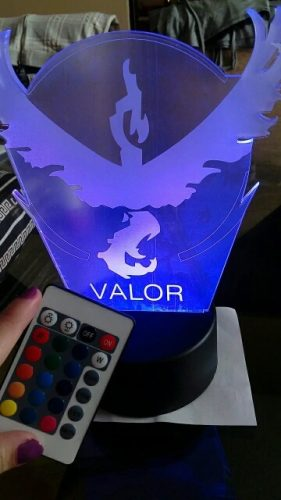 Team Valor Colour Changing 3D Light photo review